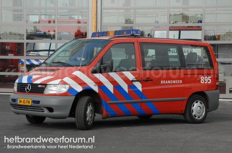 895 Dienstbus