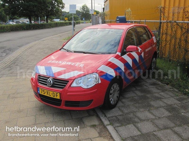 08-2005 Dienstauto (75-XL-DF)