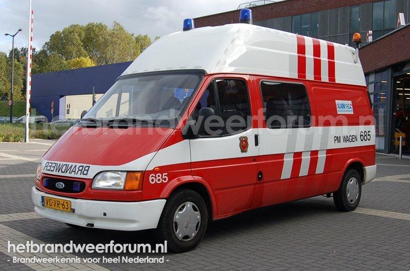 685 Personen/materialen voertuig