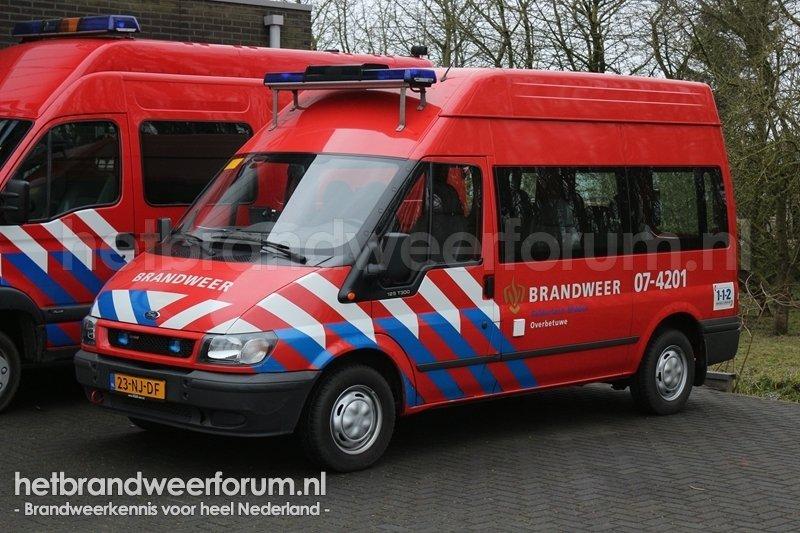 07-4201 Dienstbus
