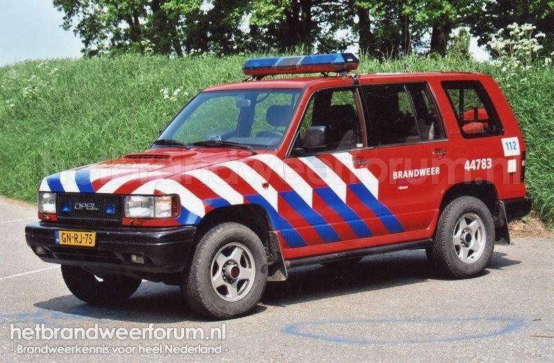 44783 Dienstauto (GN-RJ-75)